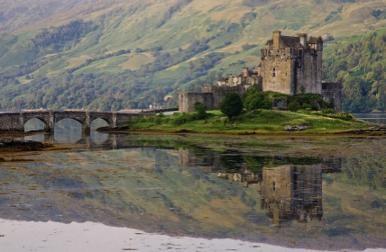 kilt Scotland photos Eilean Donan Castle