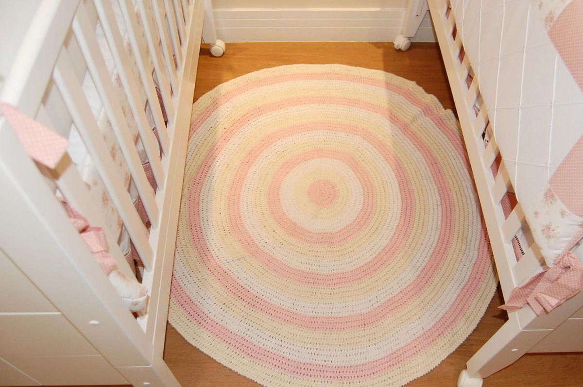 tapete confeccionado em crochê <br>material utilizado barbante algodão <br>produto lavável <br>cores: rosa cru e branco