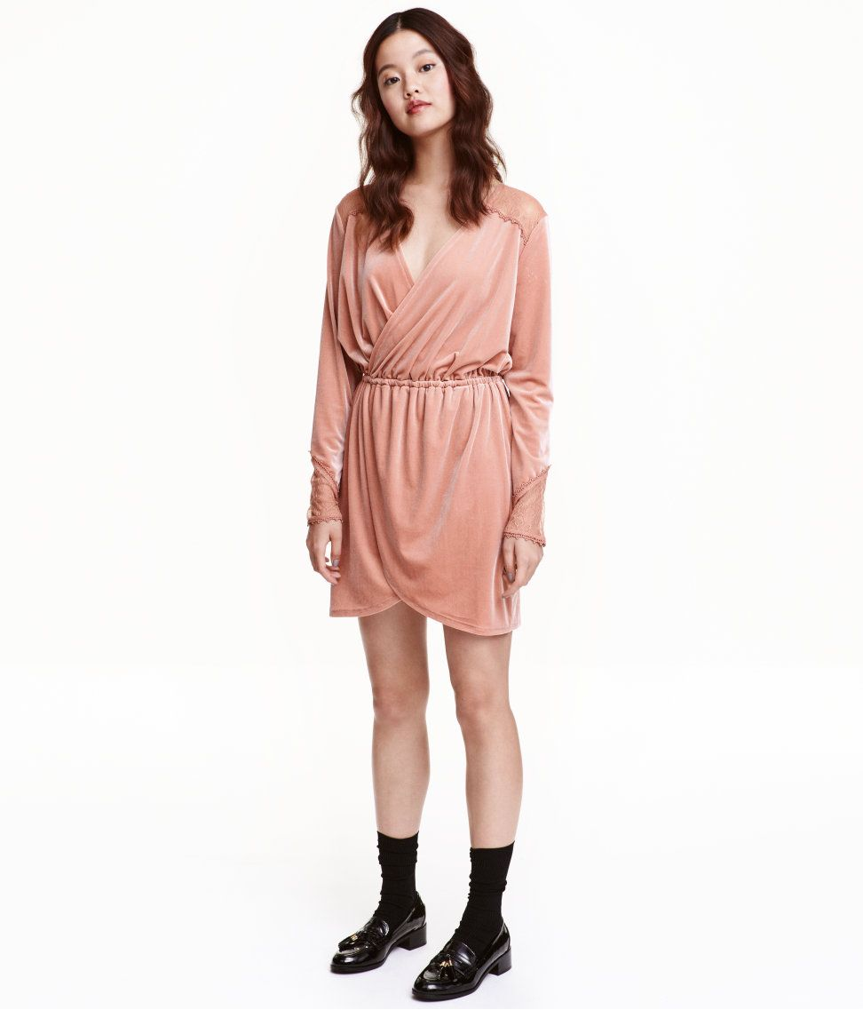 Velourskleid Mit Spitze Altrosa Damen H M De Lassige Sommerkleider Kleid Spitze Mode