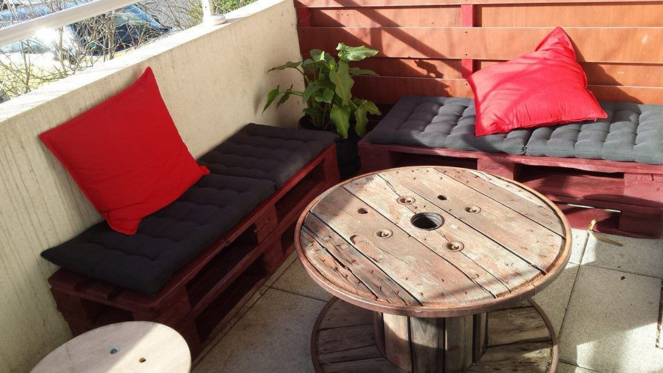 Salon de balcon balcony pallet lounge set