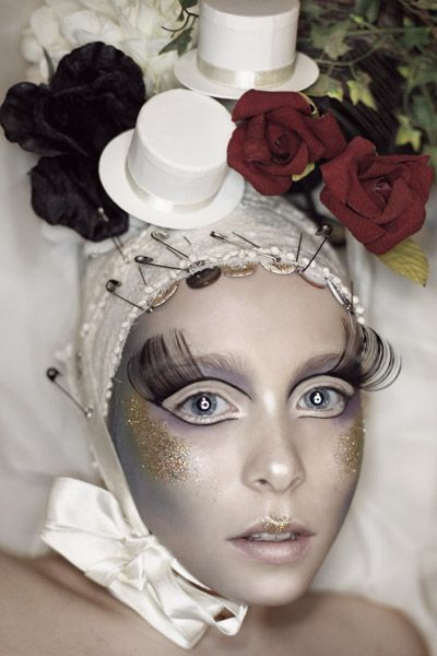 Strange Little Dolls makeup-2