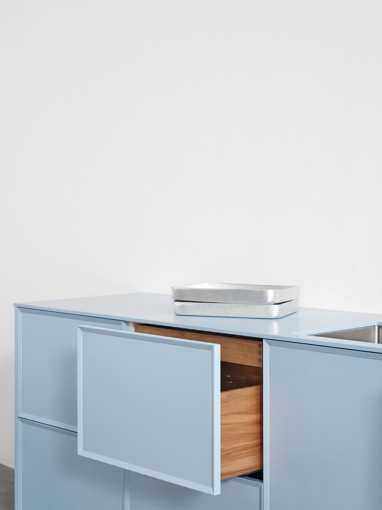 FRAME Minimalist Kitchen by Note Design Studio - Design Milk