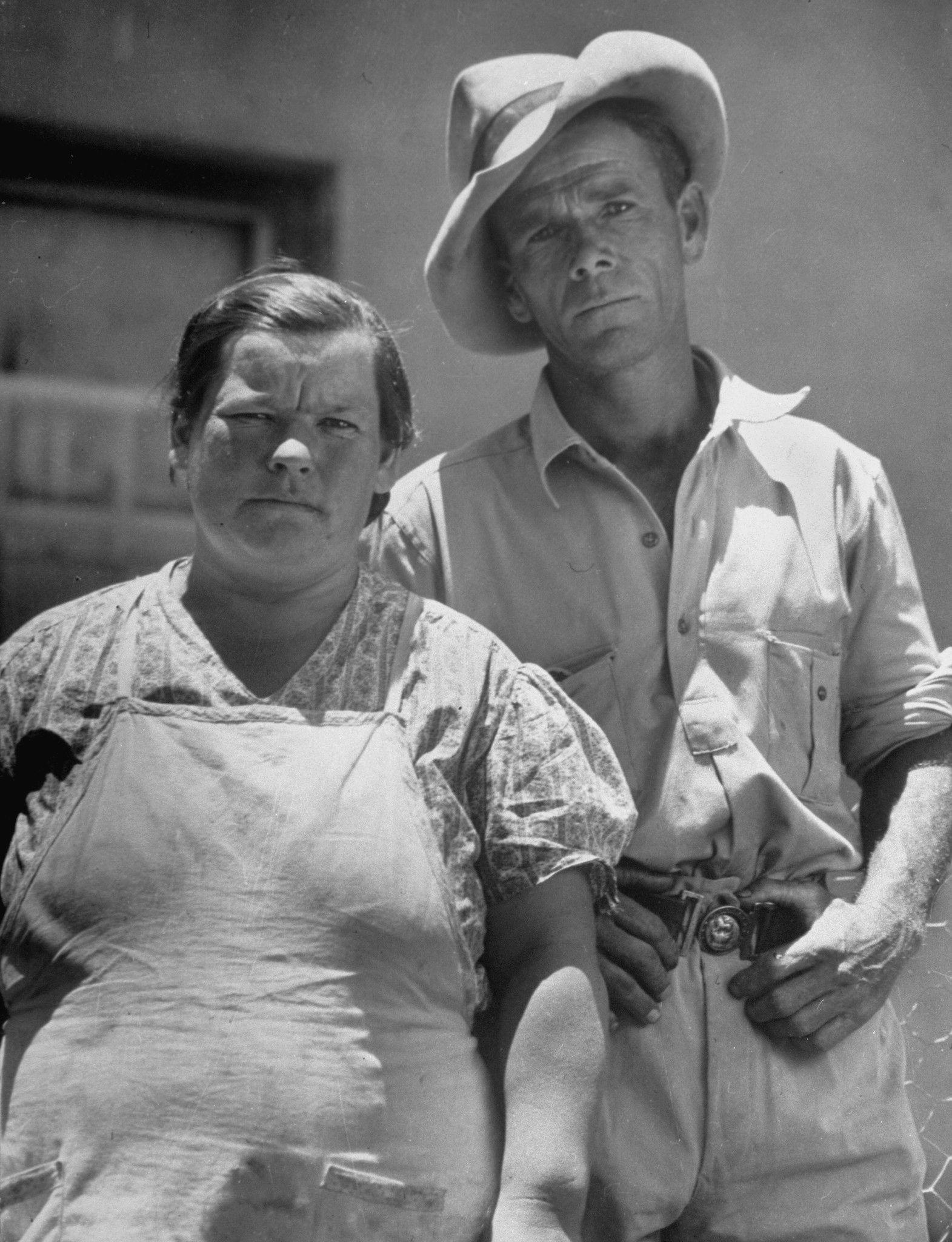 A painter observes a farmers wife
