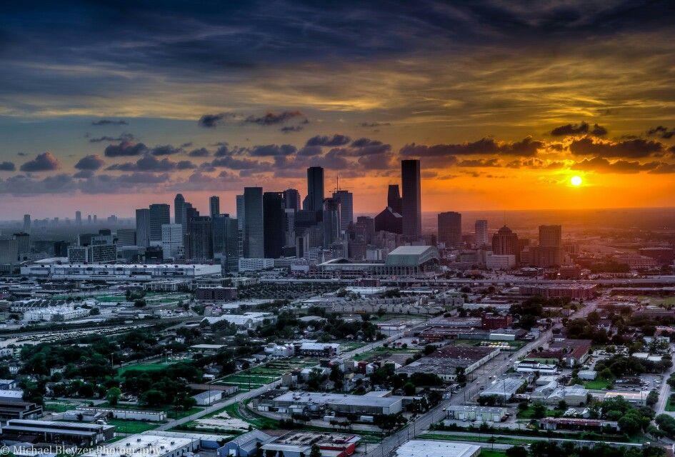 Sunset Over Houston With Images Sunset Beautiful Sunset San