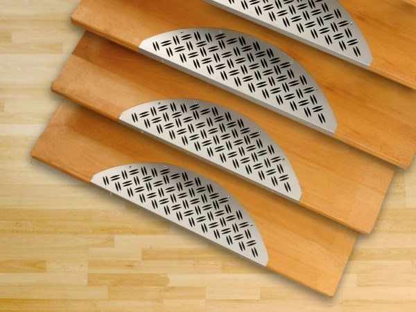 Best Stair Nosing Ideas – How To Choose A Slip Resistant Edge 640 x 480