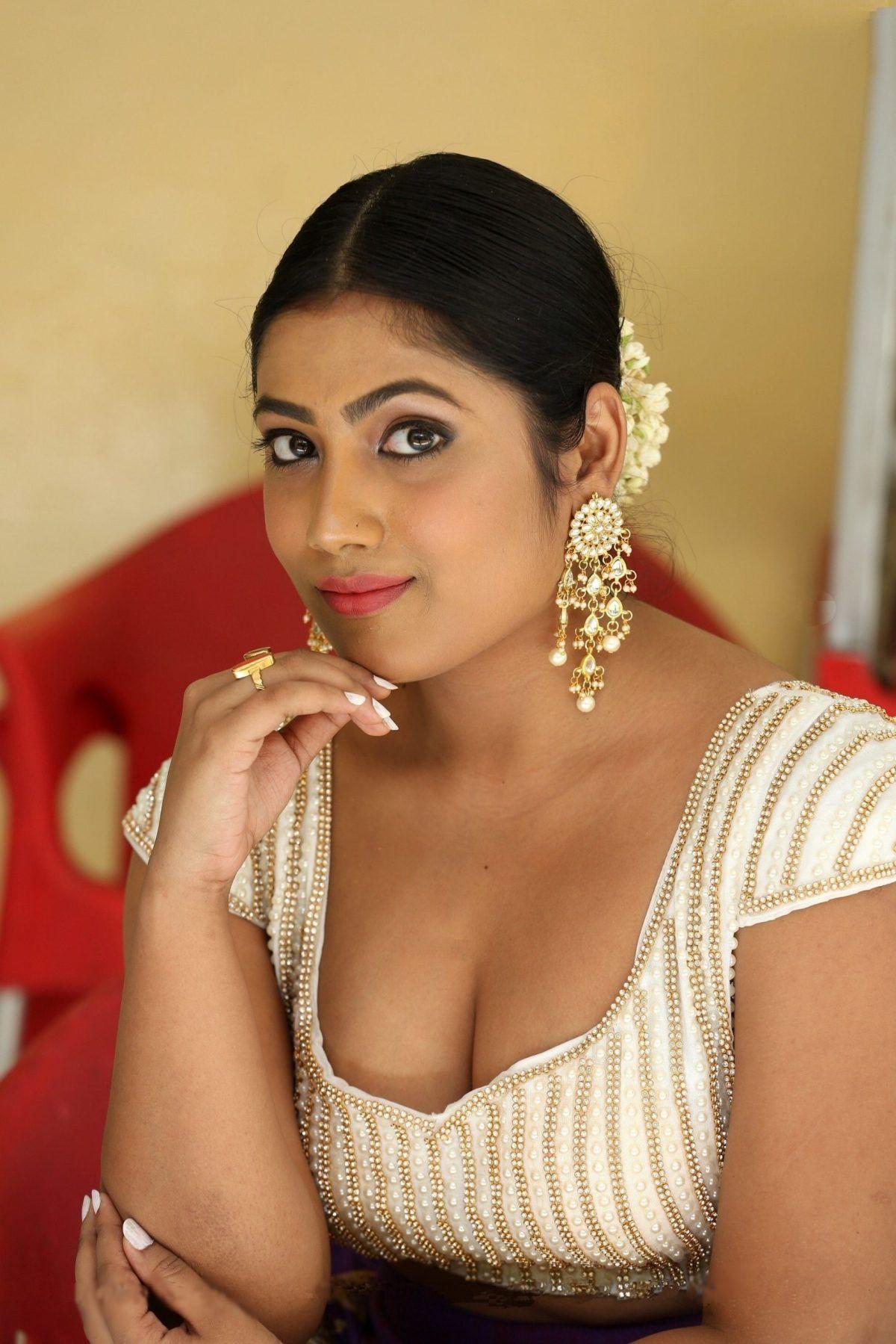 Telugu hot photoshoot