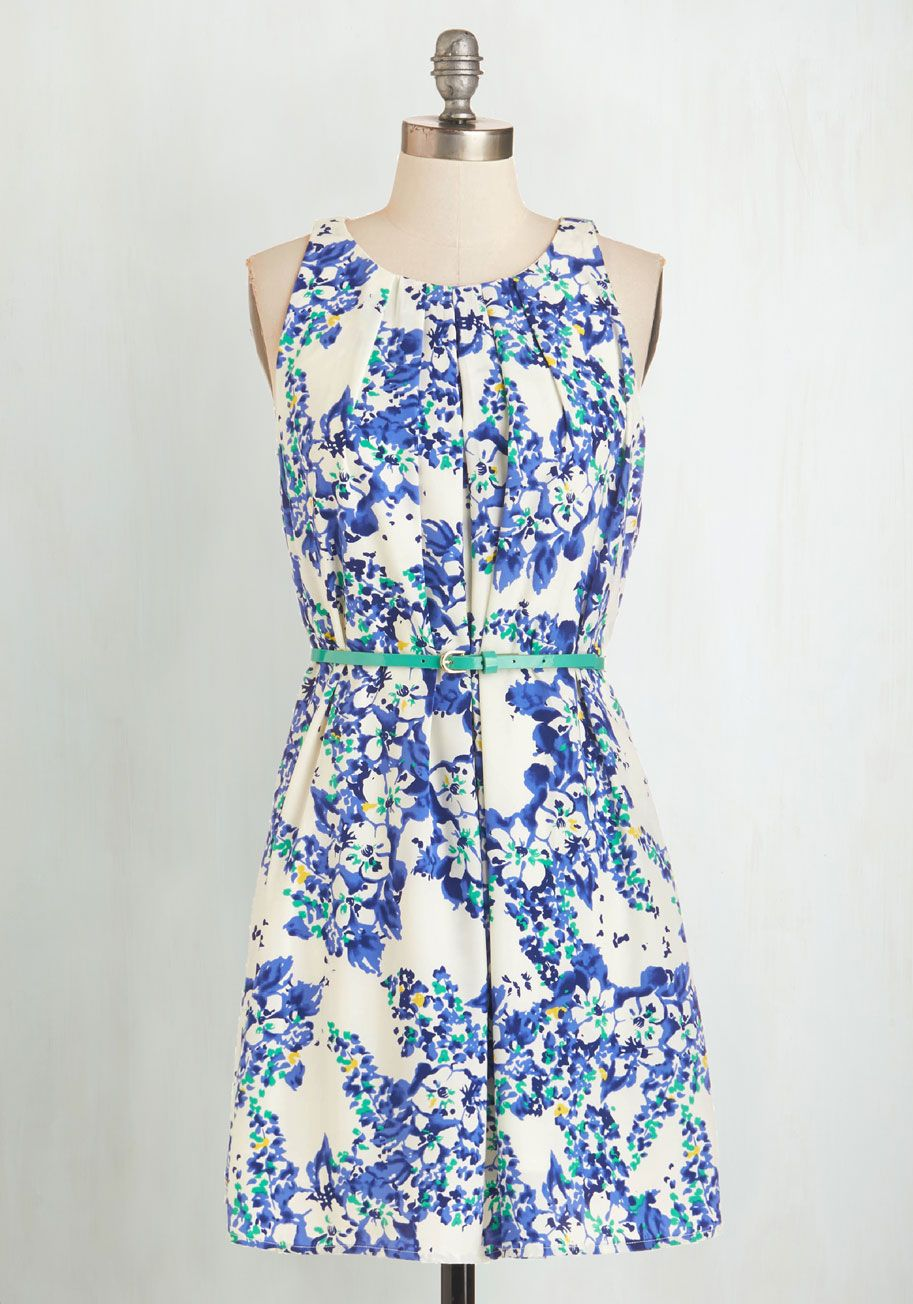 651c8e203df Great Wavelengths Dress in Blue Floral. Dont touch that dial! #modcloth