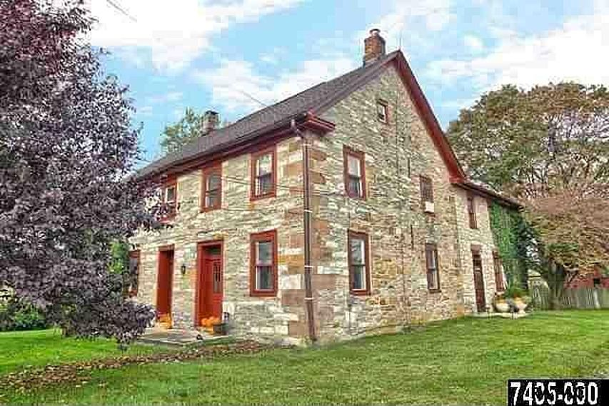 500 Hanover Rd York Pa 17408 Zillow Stone Houses
