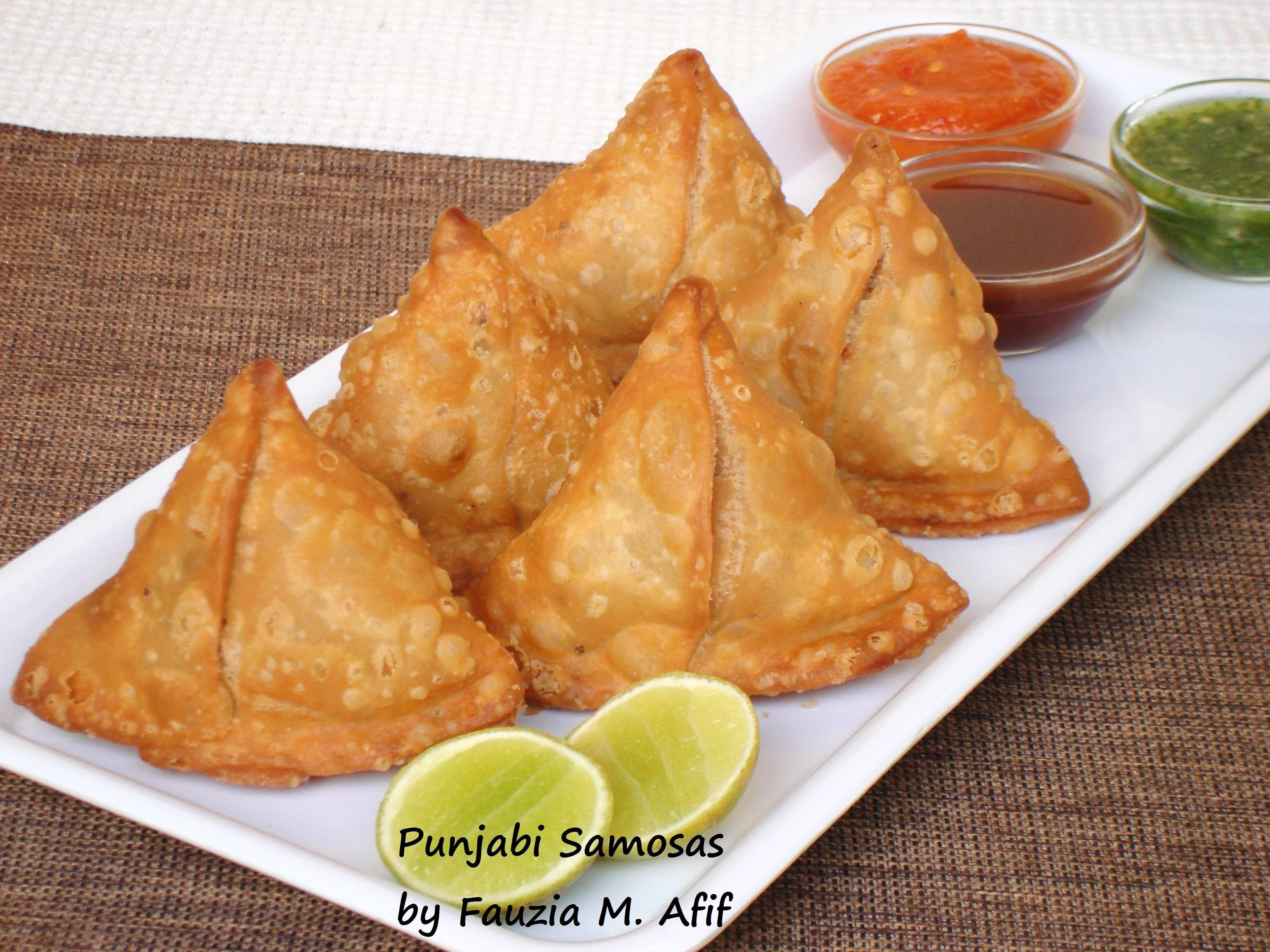 Punjabi samosas pinterest flaky pastry samosas and easy these delicious punjabi aloo samosas are made with a crisp and flaky pastry dough and stuffed with a spicy potato and pea filling they are incredibly easy forumfinder Gallery