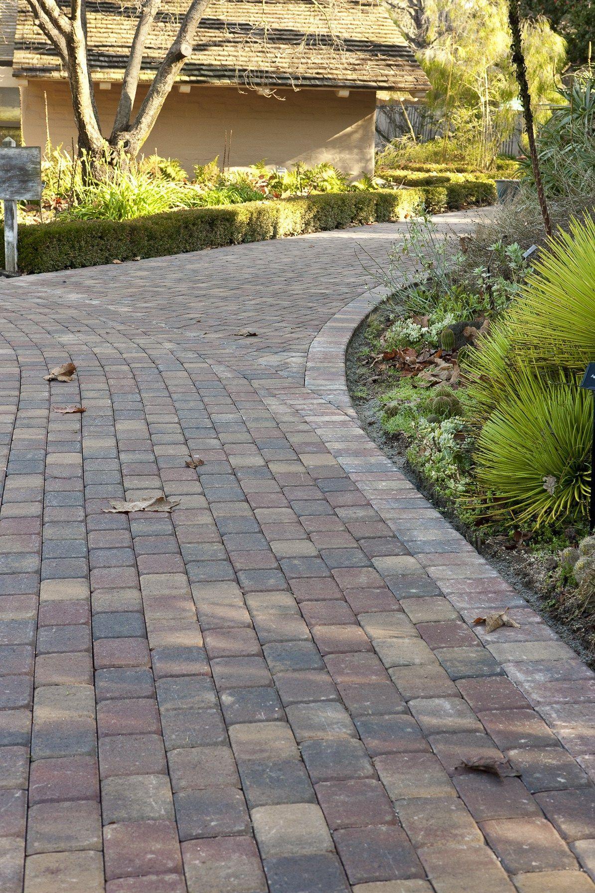 Permeable Pavers Outdoor Living By Belgard Hardscapepavers Garten Einfahrt Ideen