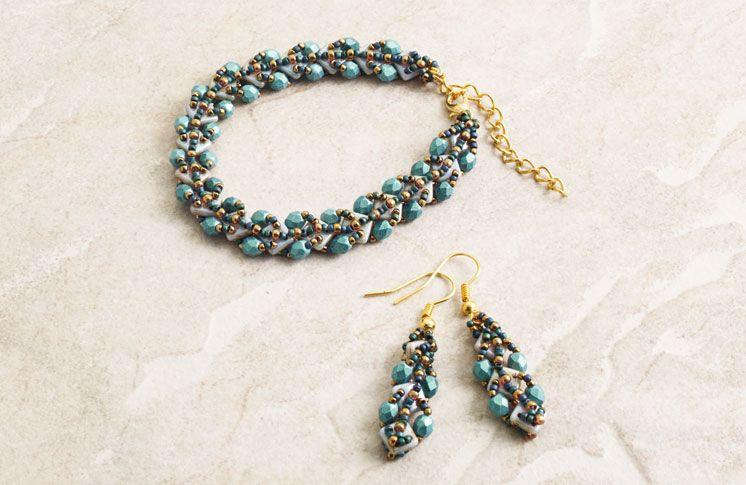 Quadra Weave Bracelet by TrendSetter Olga Haserodt | August 2015 Bead&Button Magazine