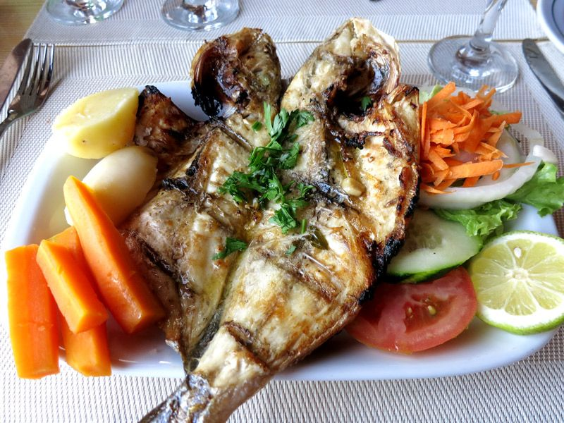 Where to eat in Portugal: Grilled John Dory at Restaurante Raposo