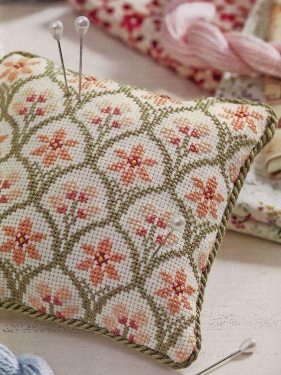 Gallery.ru / Фото #63 - Napkins, Carpets, Pillows - Summerville ...