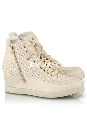 Pin By Sara Bader On Places To Visit Top Sneakers Sneakers High Top Sneakers