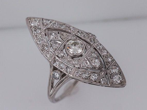 Antiguo mano derecha anillo Art Deco 1.10 por FiligreeJewelers
