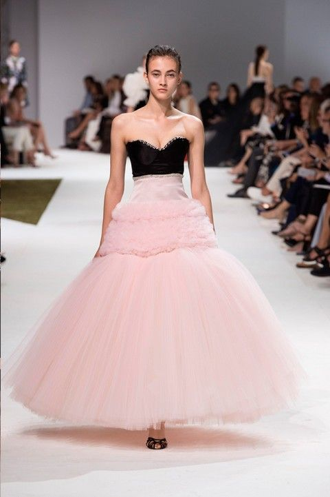 Giambattista Valli | fancy shmancy | Pinterest | Giambattista valli ...