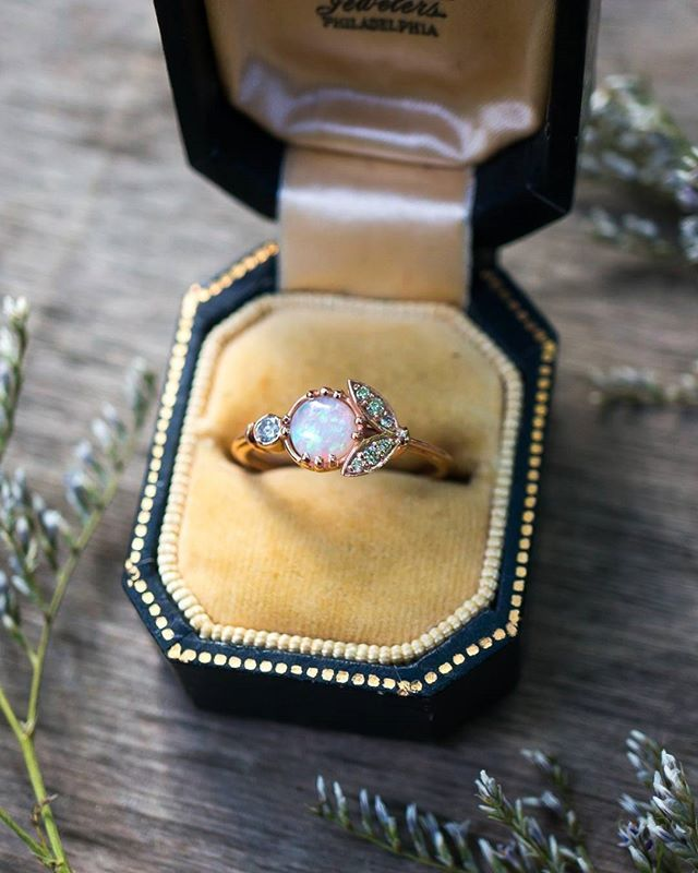 Opal and Diamonds are the loveliest combo, especially for October birthdays!  Opal and Vintage Diamond Engagement Ring by @skindco #wcvendor #weddingchicksvendor • • • #birthstone #octoberbirthstone #octoberbirthday #fallbride #fallwedding #opalengagementring #lunaria #opal #australianopal #engagementring #weddinginspo #alternativebridal #shesaidyes #proposal #october #fallinlove #bridetobe #ethicaljewelry #recycledgold #vintagediamonds #lovegold #showmeyourrings #weddingchicks #weddingblog