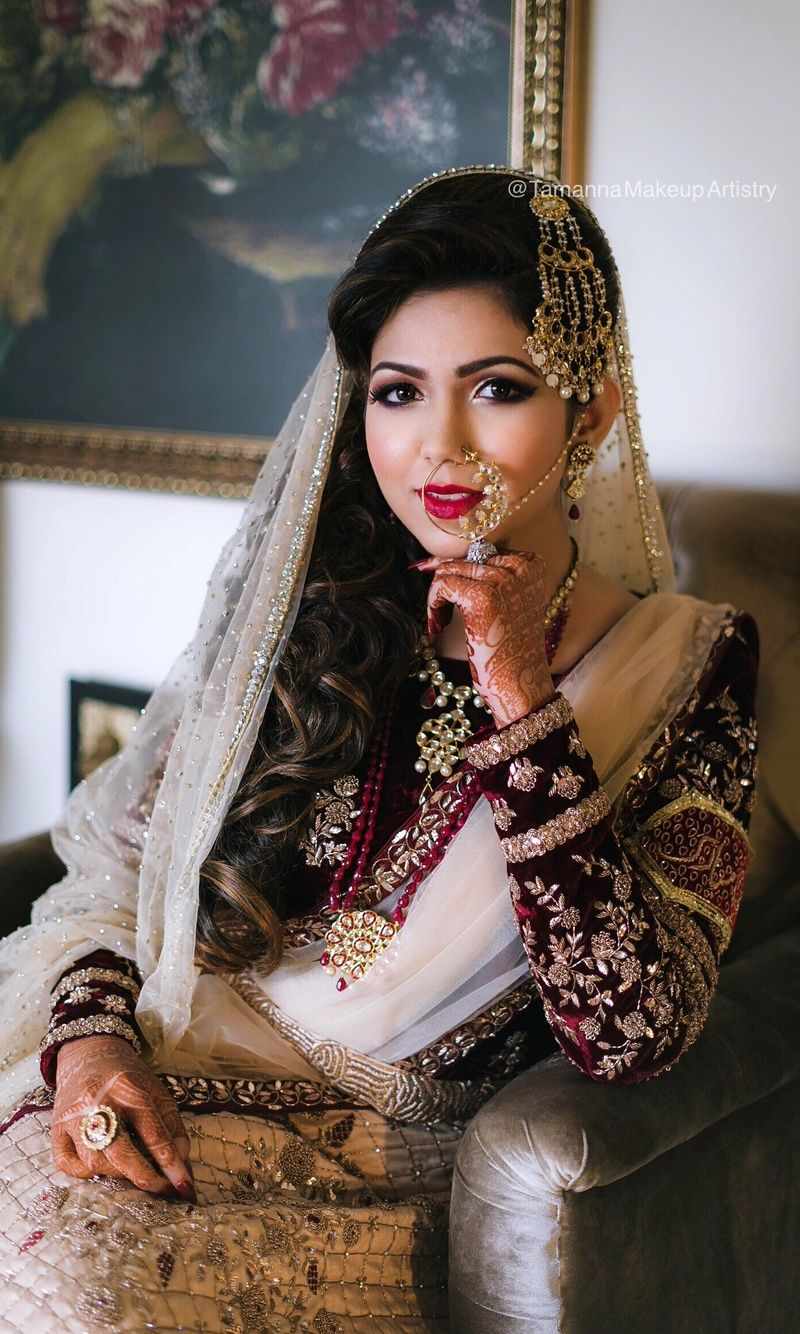 muslim bride with jhoomer and statement nath | jewellery