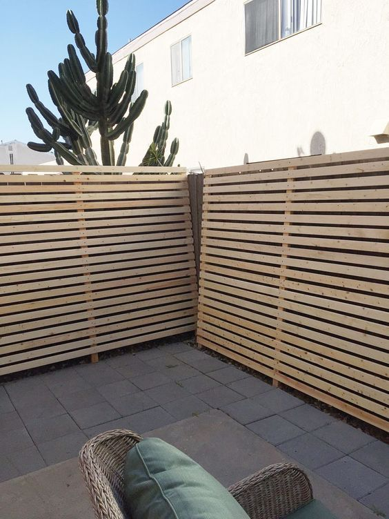 Here S A Budget Patio Makeover That S Renter Friendly
