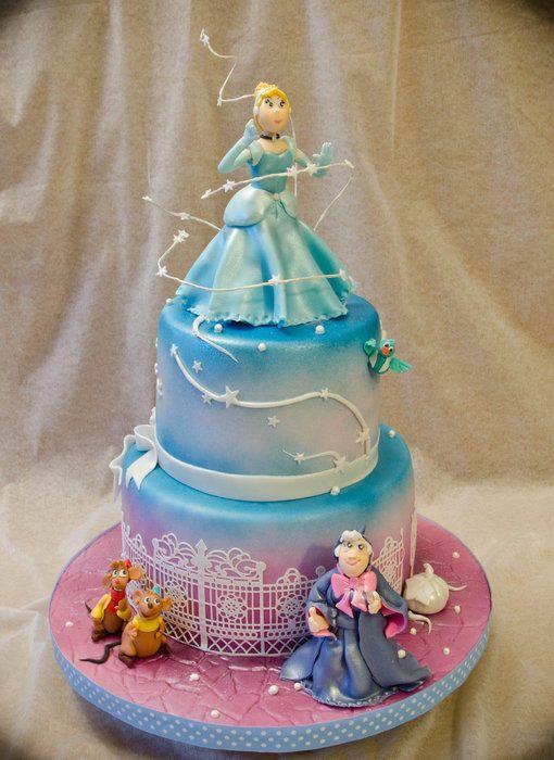 Excellent Disney Cinderella Cake With Images Cinderella Cake Cinderella Personalised Birthday Cards Veneteletsinfo