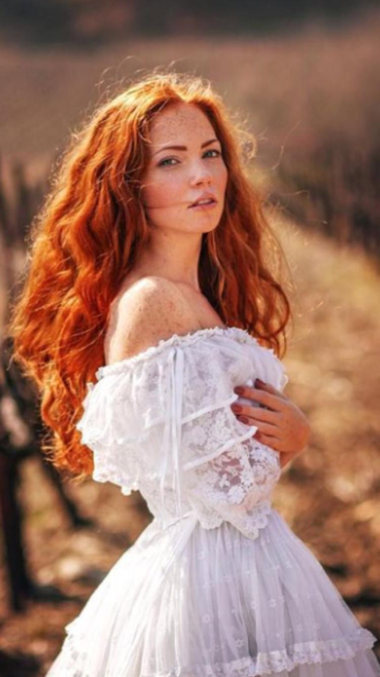 Red hot lauren redhead
