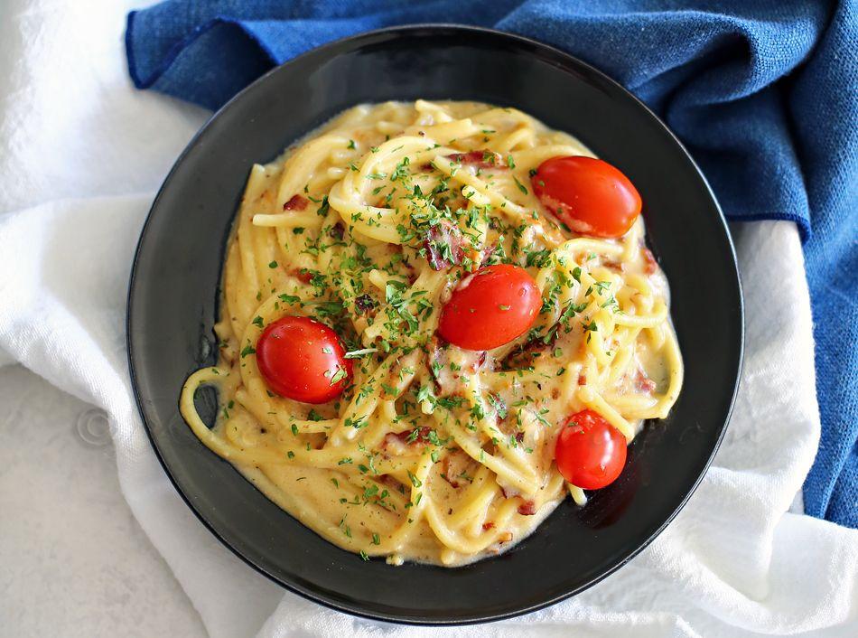 Creamy, comforting, and delicious, this Vegan Carbonara ...  Delicious Pasta Carbonara