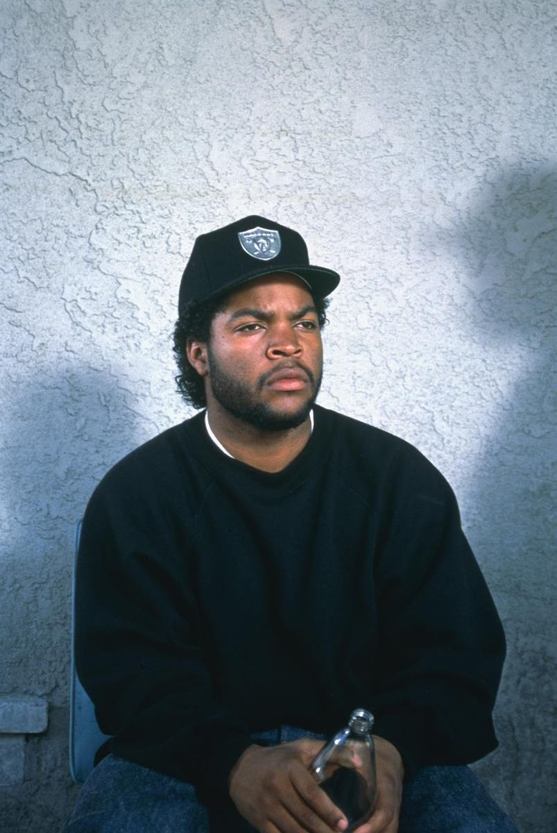 John Singleton Reflects On Boyz N The Hood S Legacy After 25 Years Tupac Pictures Hip Hop Classics Ice Cube Rapper