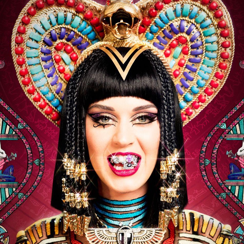 Katy Perry (Dark Horse Video) Katy perry costume, Katy