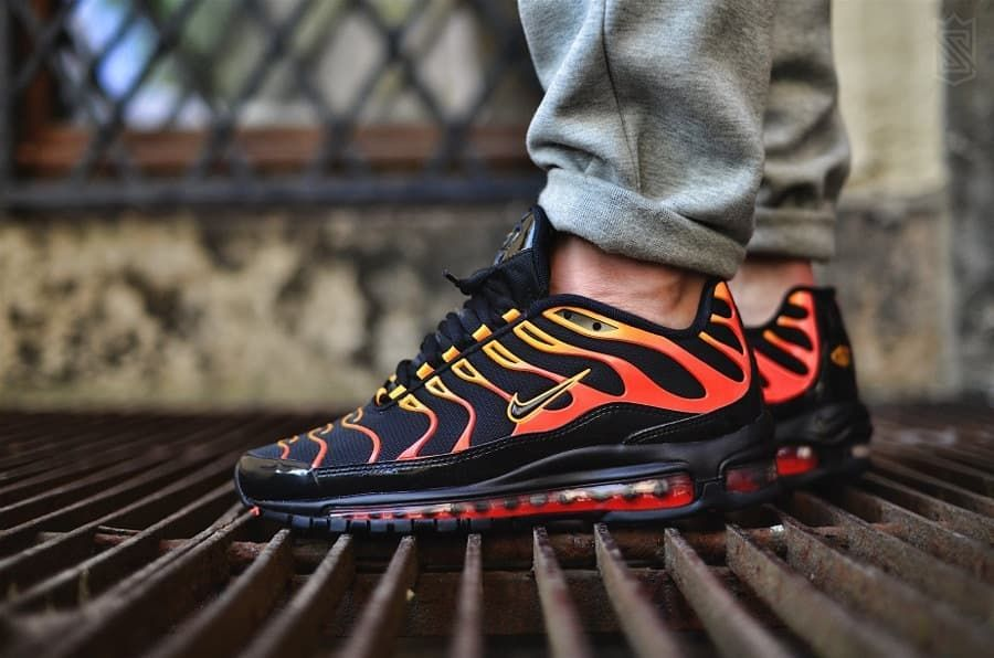 super popular d2d00 c1d8a Nike Air Max 97 Plus