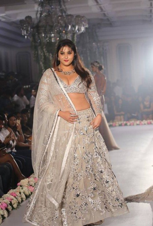Tamil Actress Spicy Namitha Hot Latest Photo shoot 2015:
