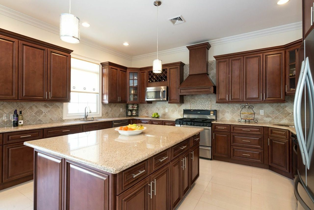 Signature Chocolate Pre Embled Kitchen Cabinets Rta