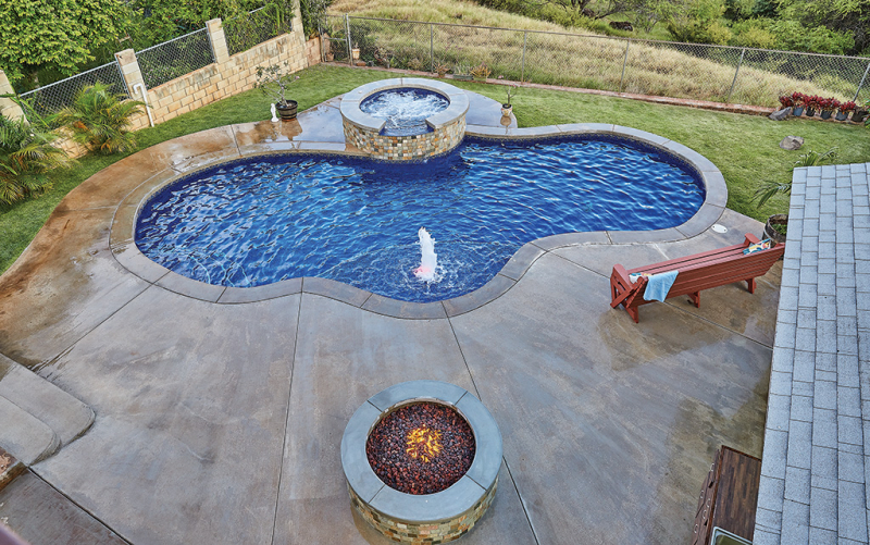 These backyard swimming pools take outdoor recreation to ...
