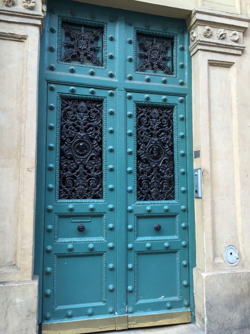 Ma porte rue Linné Paris