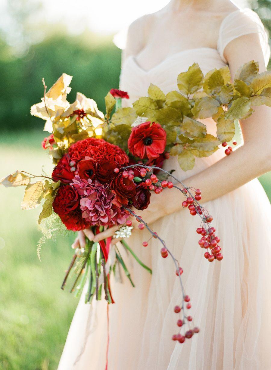 Red Blush Gold Wedding Inspiration Beigechampagne Wedding With