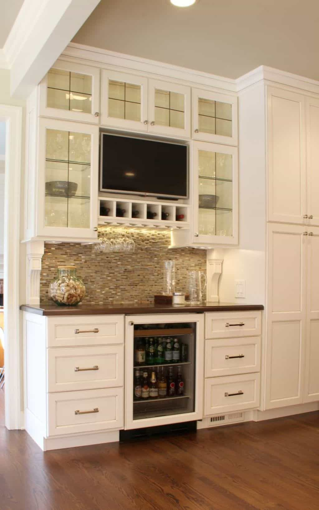 Adding A Kitchen Tv Can Be A Great Idea Tv In Kitchen Kitchen Remodel Kitchen Design Color