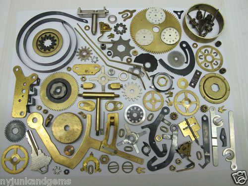 LARGE-LOT-113-STEAMPUNK-ALTERED-ART-CLOCK-PARTS-GEARS-BRASS-PLATES-HAMMERS-ETC
