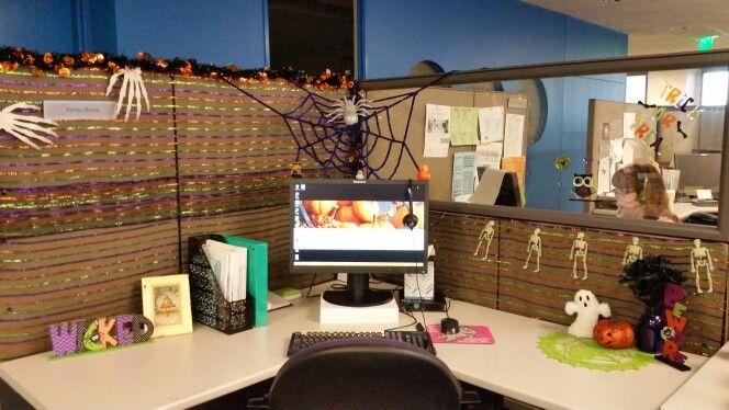 My Cube!! Halloween 2014 I am winning best cubicle decorations this - decorate cubicle for halloween