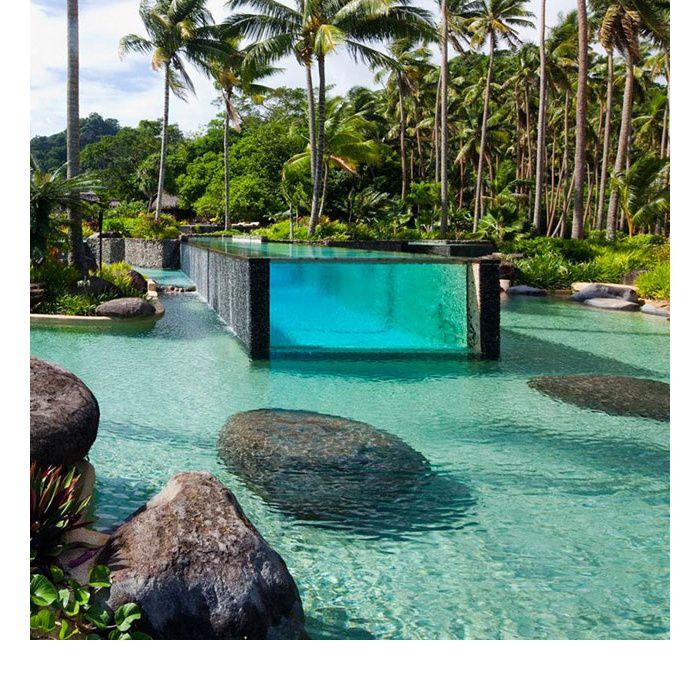 photos les plus belles piscines du monde maisons pinterest piscine ile et hotel piscine. Black Bedroom Furniture Sets. Home Design Ideas
