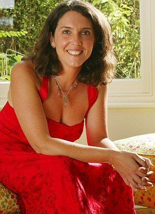bettany-hughes-topless