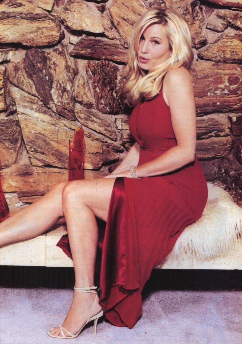 Blonde russische MILF sexy Füße