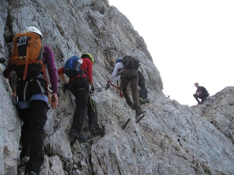 Klettersteig Near Munich : Alpspitze via ferrata klettersteig munich pinterest hiking and