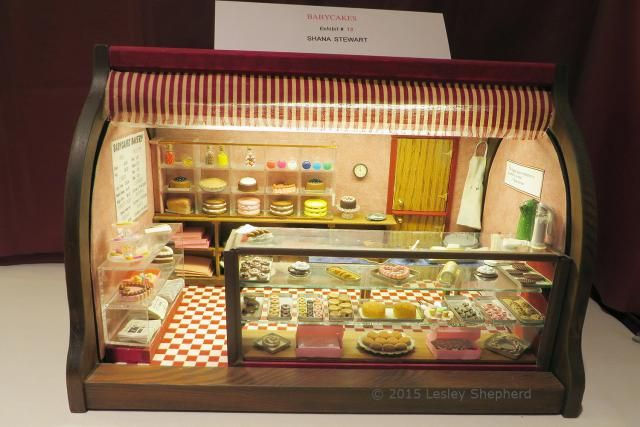 """Photos of 1:12 Scale Roomboxes from the 2015 Seattle Miniature Show: """"Babycakes"""" Bakery Display Cleverly Housed in a Bread Box"""