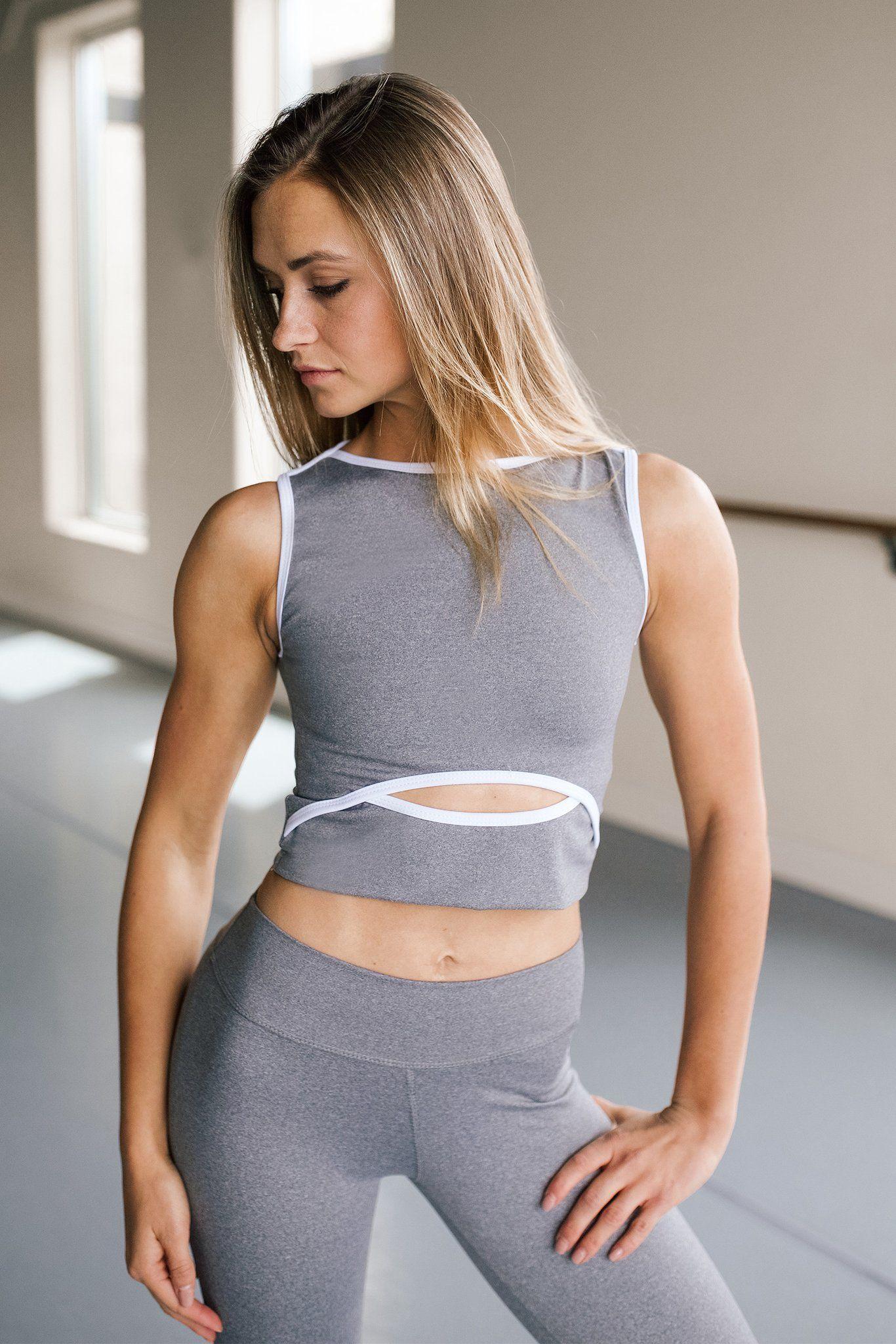 e13e217dc5 Ella crop women   work out   Athletic fashion, Women, Active wear ...