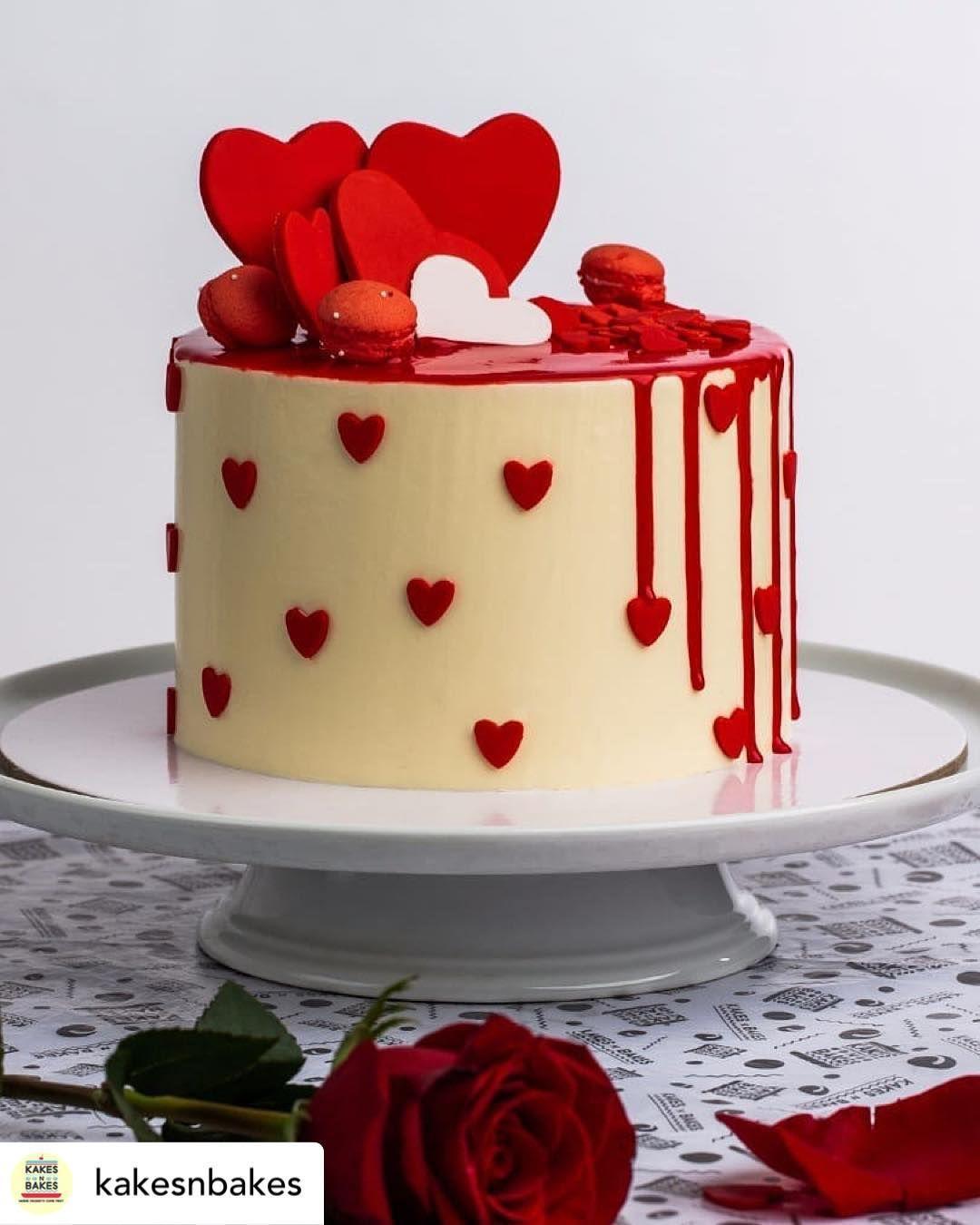 Cake S World On Instagram Caketutorial كيك كاب كيك كوكي كوكيز عيدميلاد عيدزواج عيد الأم تزیین کیک تزيين كوكيز Cake Valentine Cake Cake Decorating