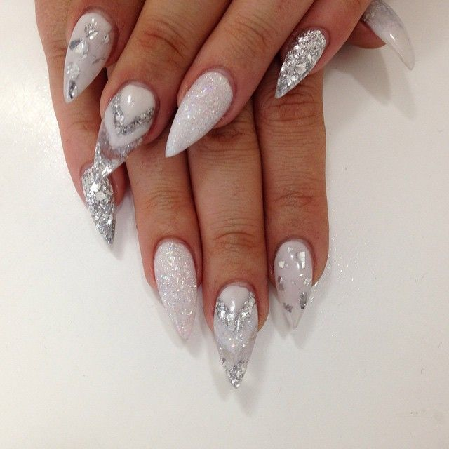 Super Cute Festive Christmas Nails With Images White Glitter