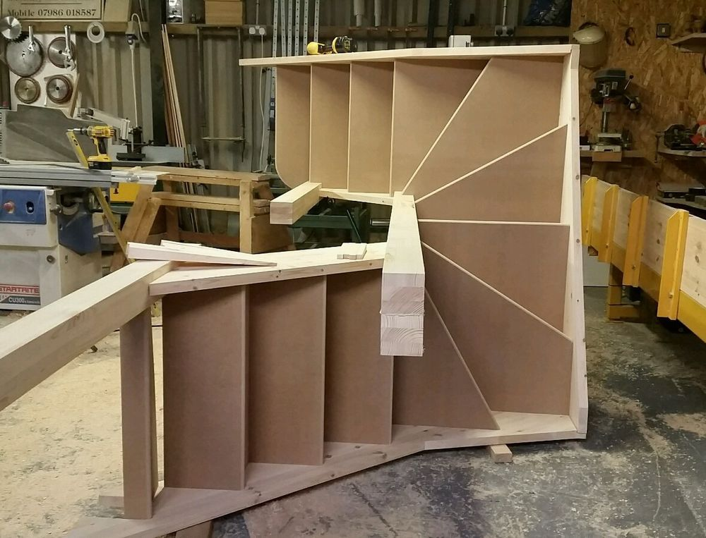 6 winder staircase, made to measure 275mm strings