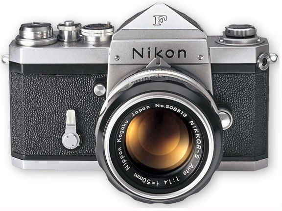 Nikon F, April 1959