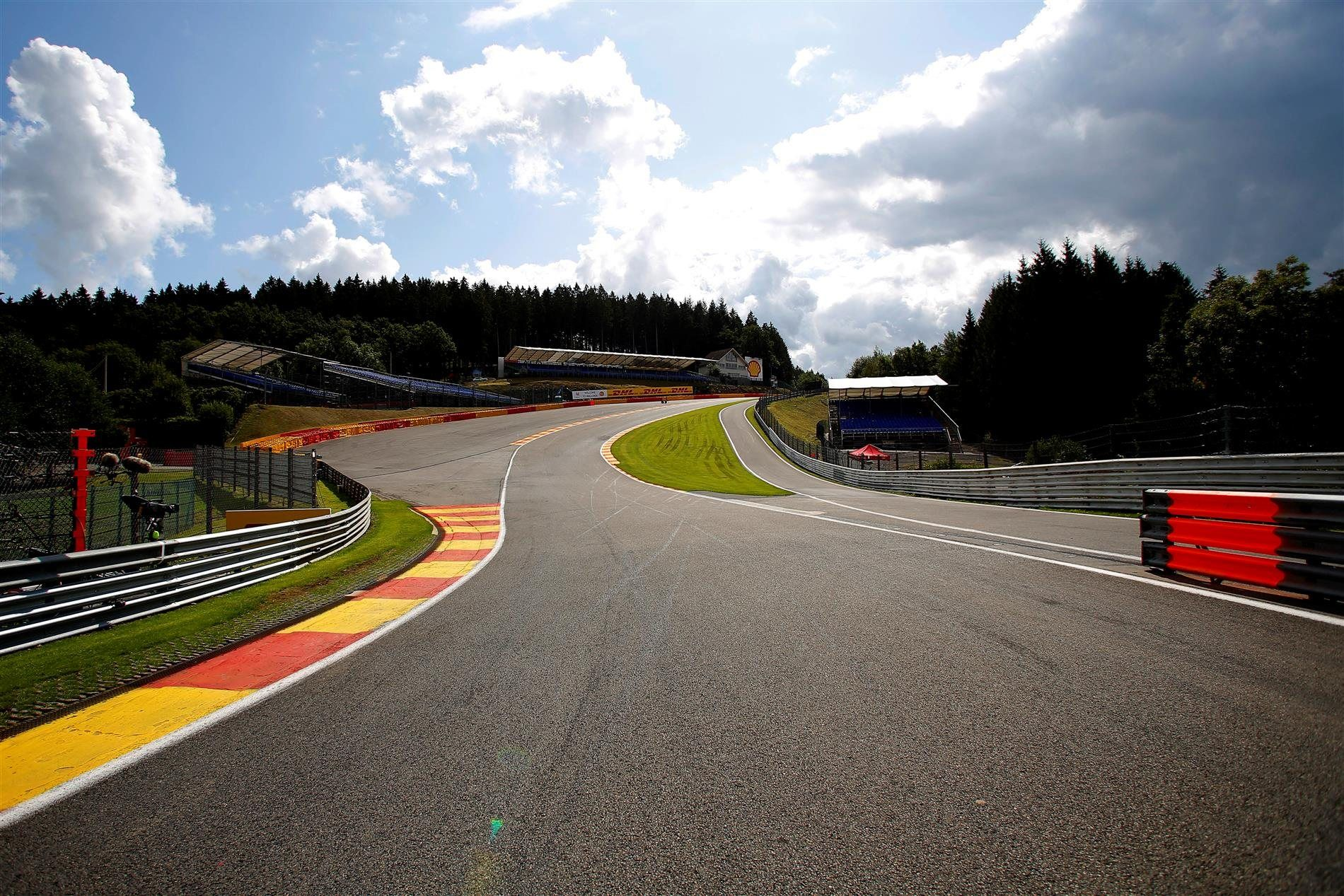 eau rouge spa francorchamps circuit belgium f1 pinterest circuits and f1. Black Bedroom Furniture Sets. Home Design Ideas