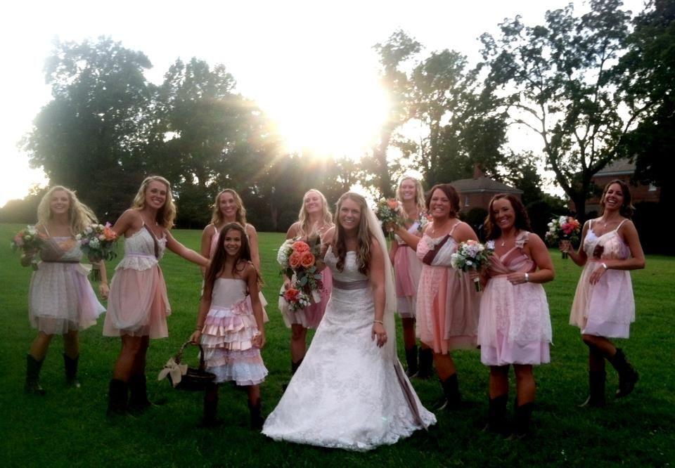 Armour sans Anguish bridesmaids dresses
