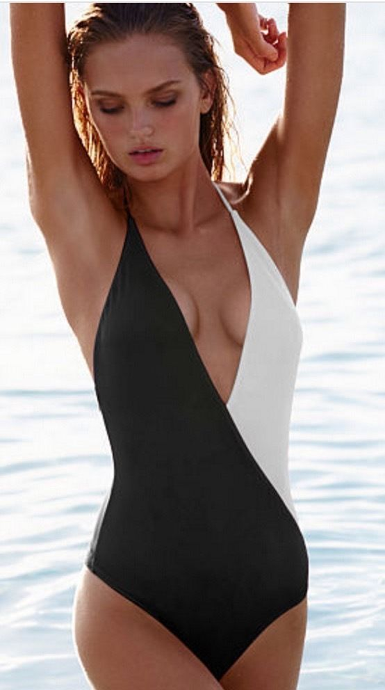 084e9c66591 Victoria's Secret Colorblock Plunge One-Piece Sz M White Black E26 Swim  Suit NWT #VictoriasSecret #OnePiece